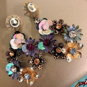 Gorgeous flower earrings !!